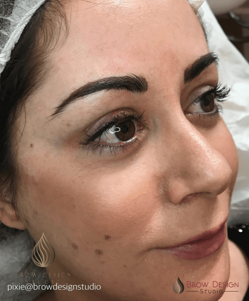 Hairstroke eyebrows by Pixie